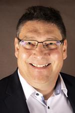 Herr Schnutenhaus - Vorstand